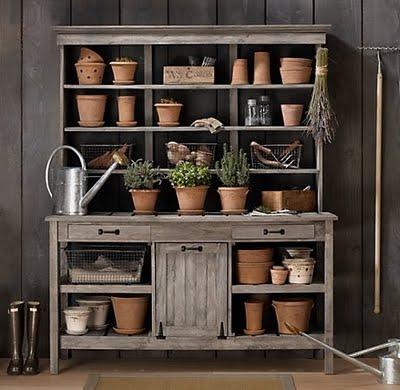 pottingbench-gardeningbenchstation-garden-pots-flowers-plantsviapinterest11