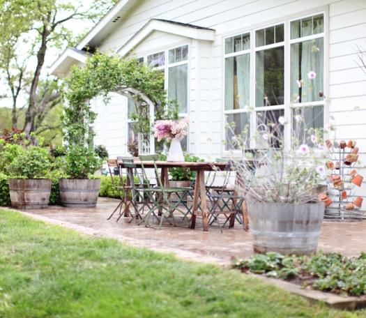 dreamy white patio2